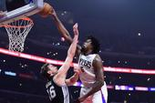 DeAndre Jordan Considering Dunk Contest If NBA Lets Him Compete In 3-Point Contest
