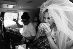 """BTS Photos: Jay Z & Beyonce's Photo Shoot For """"On The Run"""" Tour [Update: New Rehearsal Photos]"""
