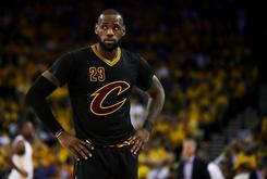 LeBron James Calls Out Reporter For Asking Ridiculous Question