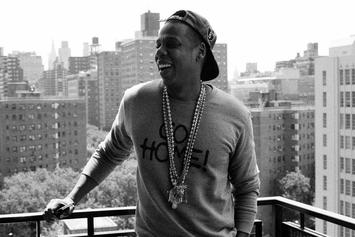 "Jay-Z ""Unwrapping Jay-Z's Magna Carta Holy Grail"" Video"