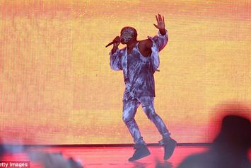 Kanye West Performs At Wireless Festival; Gets Booed