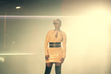 """Mary J. Blige """"Right Now"""" Video"""