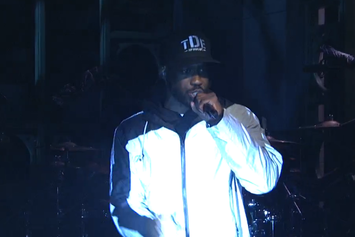 "Kendrick Lamar Performs ""Pay For It"" With Jay Rock On Saturday Night Live"