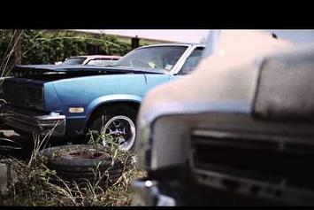 """Le$ Feat. Young Roddy """"Bout It"""" Video"""