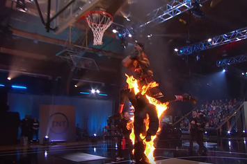 "5'5 Porter Maberry Wins $100,000 On ""The Dunk King"" Season Finale"