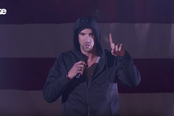 "Michael Phelps Crushes Eminem's ""Lose Yourself"" On Lip Sync Battle"