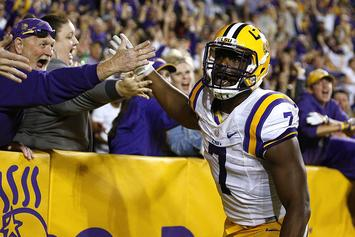 "LSU's Leonard Fournette Signs ""Historic"" Endorsement Deal With This Brand"
