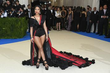 Nicki Minaj Offers To Pay Fans' College Tuition On Twitter