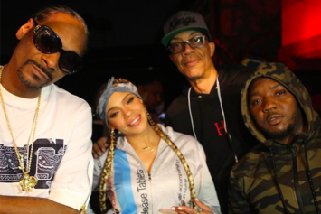 """Faith Evans Premieres Tidal Exclusive Video For """"When We Party"""" Featuring Snoop Dogg"""